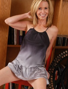54 Year Old Marie Kelly  Opening Up Her  Hot Gams for Us
