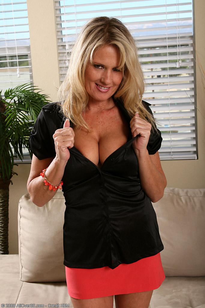 Blond  Mom Bridgette  Likes to Finger Her  Older Stunner  Hoo Ha in Here