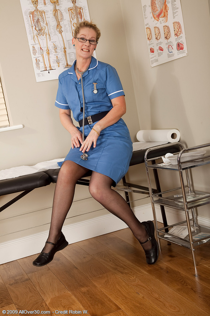 Hot  Blond Nurse from  Milfs30 Gives Herself a Screwing Physical