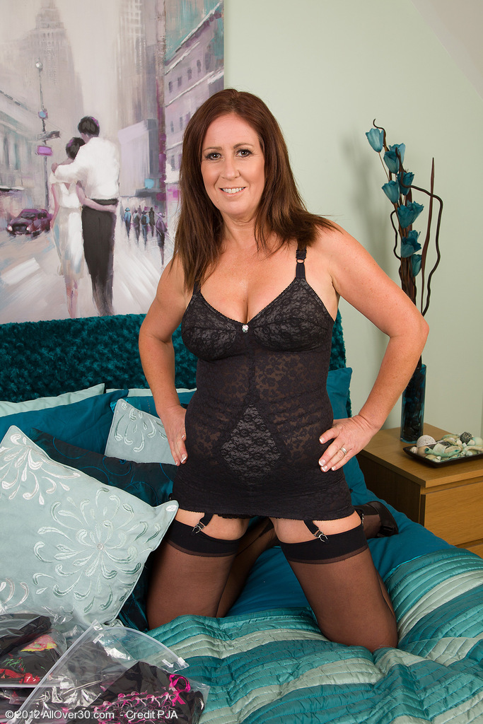 Gorgeous Carol Foxwell Glides out of Her Ebony Thong to Put on a Show
