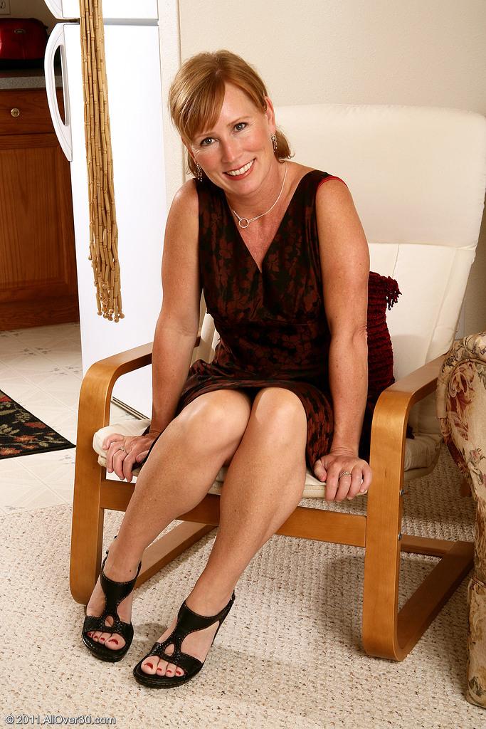 Elegant 42 Year Old Cheyanne Demonstrating off Her Red Hot Panties in Here