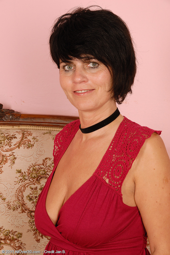 Super  Super  Super Insane 56 Year Old Eve Showing a Perfect Pair of  Older Honey Breasts Here
