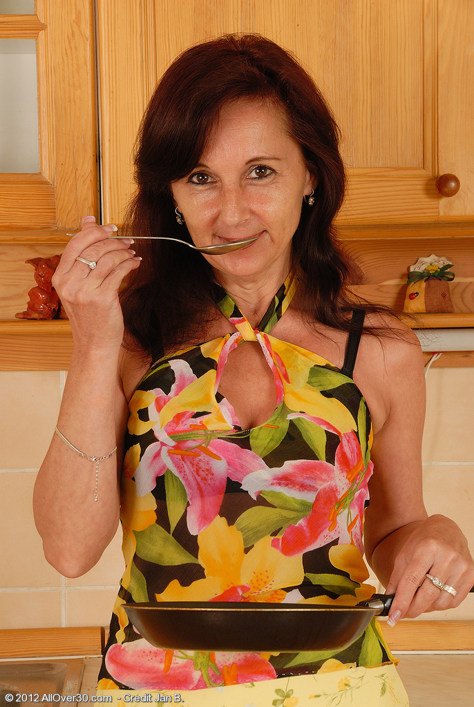 46 Year Old Jenny H Samples Some Food and Plays with Her  Snatch