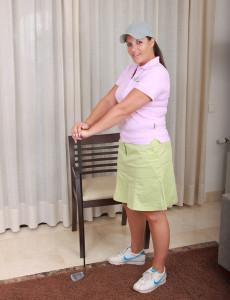 Popular  Mom Lara Matinez from  Milfs30 Experiences Her Stroke in Here