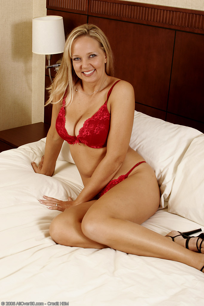 Blond  Older Babe Lauren is Hot and  Super  Super  Super  Super  Super Horny for the Holidays