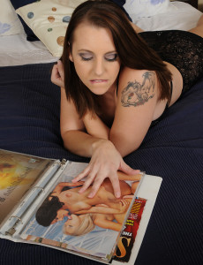 Sweet and  Big Breasted Mandy Sweet Gets Herself off After Reading a Magazine