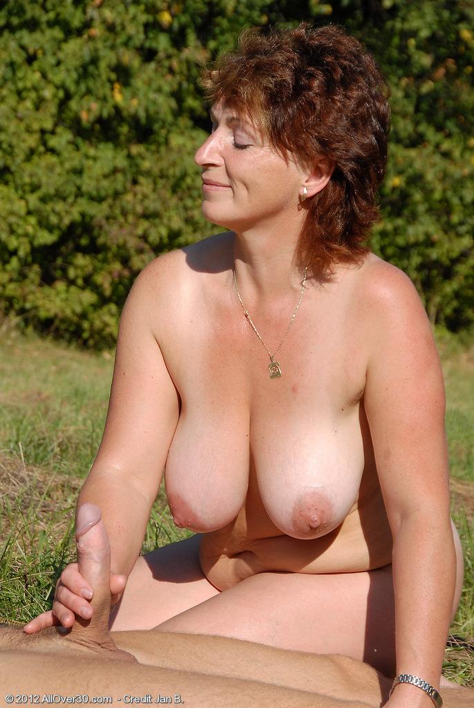 фото худых зрелых голых женщин спереди крупно онлайн