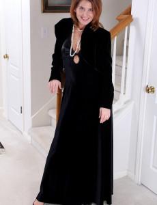 Slender and Elegant Sky Rodgers from  Milfs30 Slides off Her Hot Dress