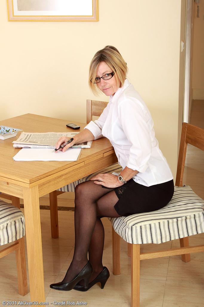 Hot 49 Year Old Susie Slides off Her Working  Attire to Spread Her  Twat