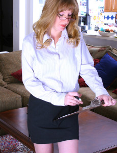 36 Year Old Veronica  Opens Her Gams on Her Bosses Desk