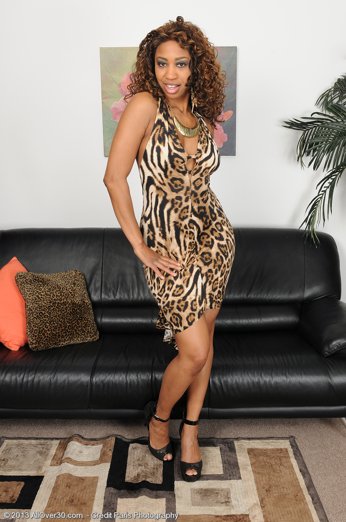 31 Year Old Black  Cougar Jade Nicole Putting on an Exotic Striptease
