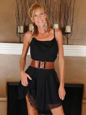 Slim  Super Horny Cougar in High Heels Flaunts Her Body