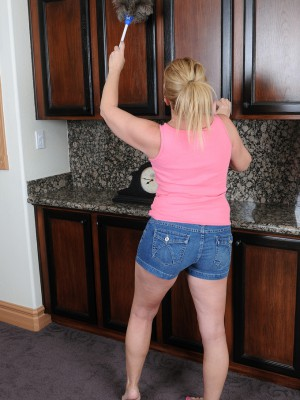 Super Horny 53 Year Old  Wife Summer Sands Doing Nasty Housework