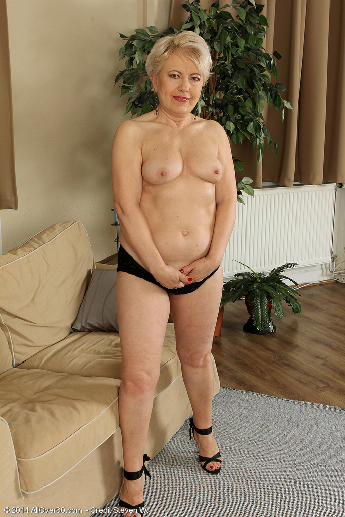 58 Year Old Women Pics | hairstylegalleries.com