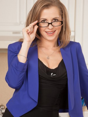 Blond Haired Milf Melissa Rose Takes off Her Glasses Plus  Attire Here