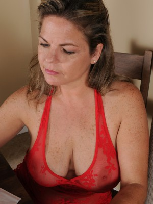 37 Year-old Marie Michaels Using Her Huge Ripe Boobs in Here