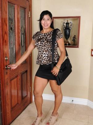 Exotic 43 Yr Old Estrella Jane Pulls Her  Elder Babe Tight Ass Cheeks Apart