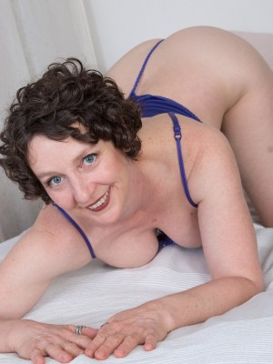 42 Year Old Artemesia from  Milfs30 Toying Her  Older Babe  Bushy Snatch