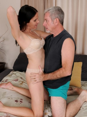 Long Legged Milf Maggie K Gets Munched and Screwed by Her Fortunate Man