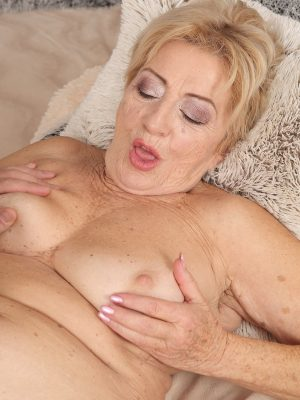Hefty horny mature women certainly