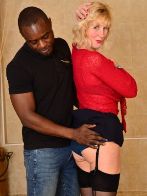 Blond Haired Mummy Molly Maracas Enjoys a Scorching Interracial Xxx Afternoon