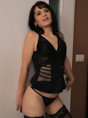 Super Horny Latina Mummy Gracia Saluda Appears Stunning in Hip Tall Tights and a Panties