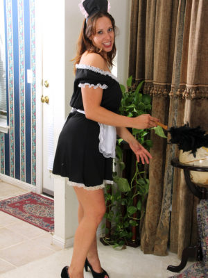 Super Horny Maid Cassandra Johnson Dusts and Peels off