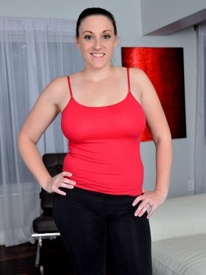 Big Breasted Melanie Hicks Does Yoga