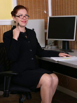 Super Horny Secretary Kimberlee Cline