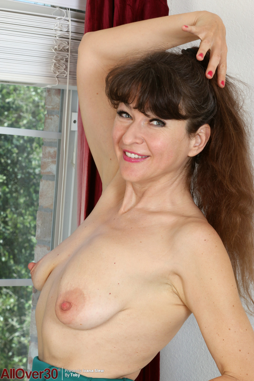 ivana-slew-happy-and-horny-07