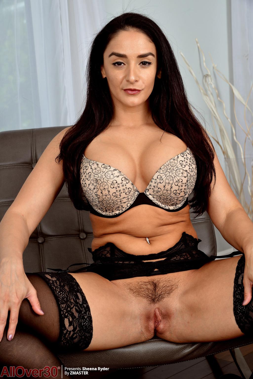 big-tits-beauty-sheena-ryder-06