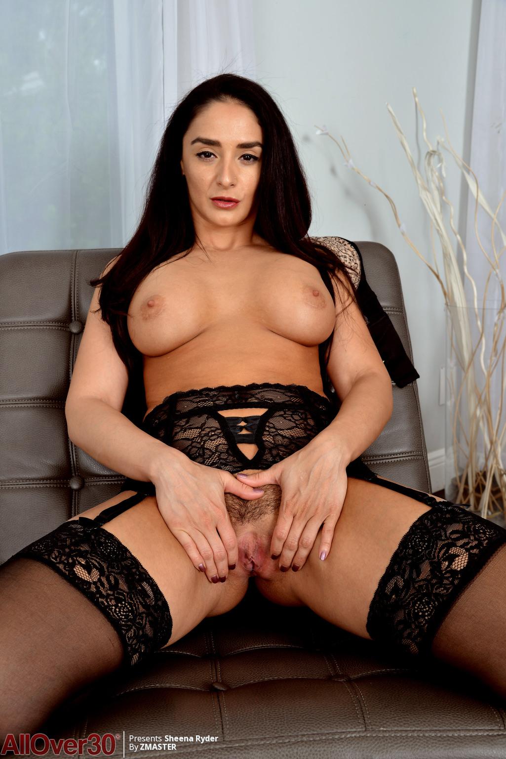 big-tits-beauty-sheena-ryder-13