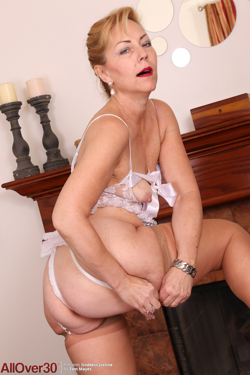 elegant-sensual-goddess-justine-10
