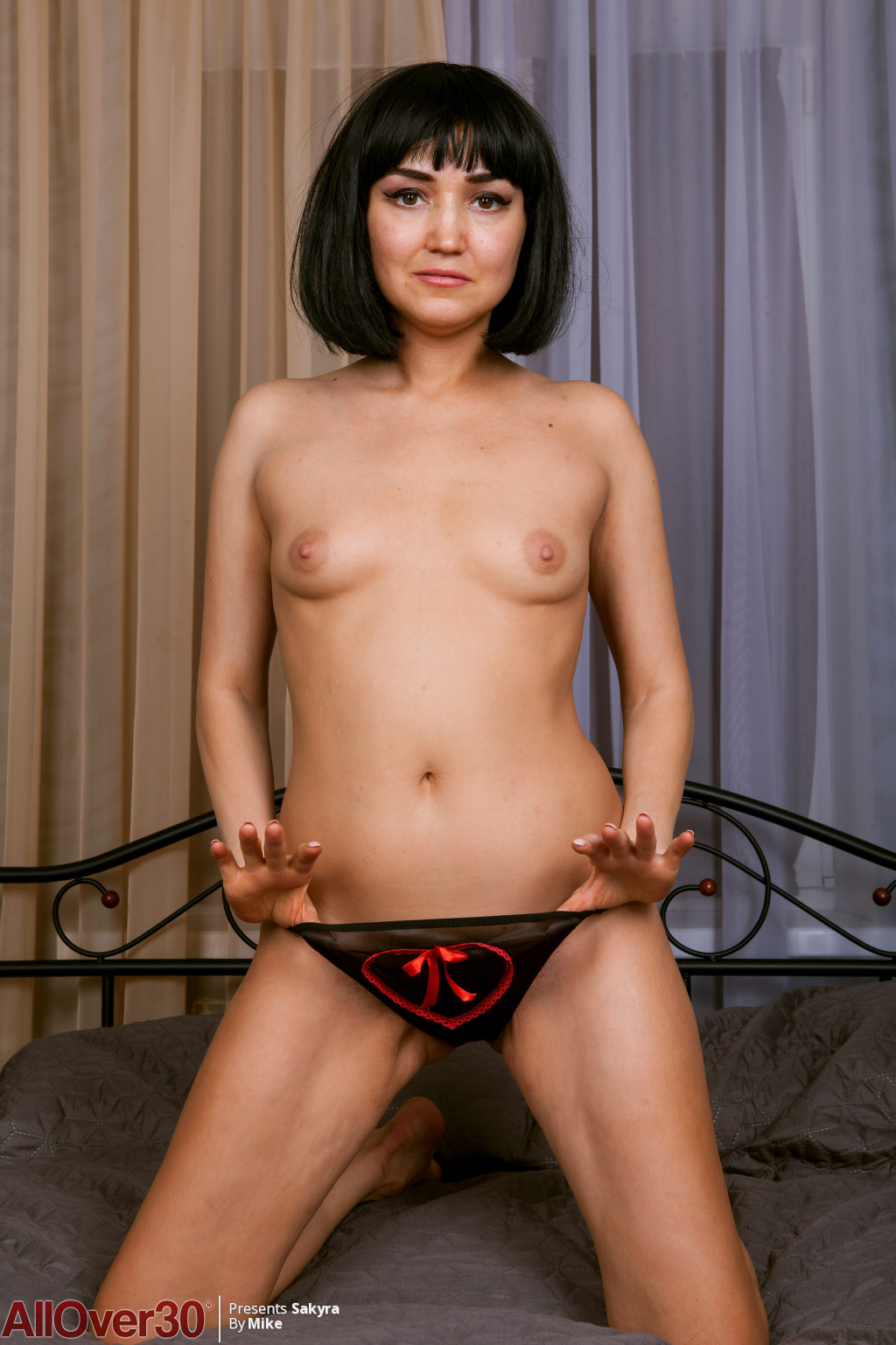 shy-adorable-silky-sakyra-10