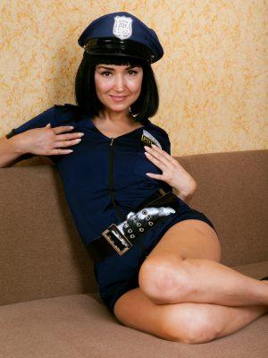 Sexy Officer Sakyra